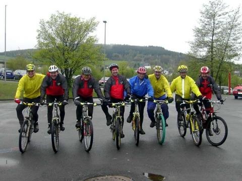 "Ski-Club ""Oberes Johannland"" lud am 5. Mai 2002 zum 2. Bike-Festival ein"