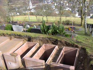 Friedhof: Arbeiten sind in vollem Gange