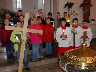 Kinderkreuzweg in der Pfarrkirche gebetet