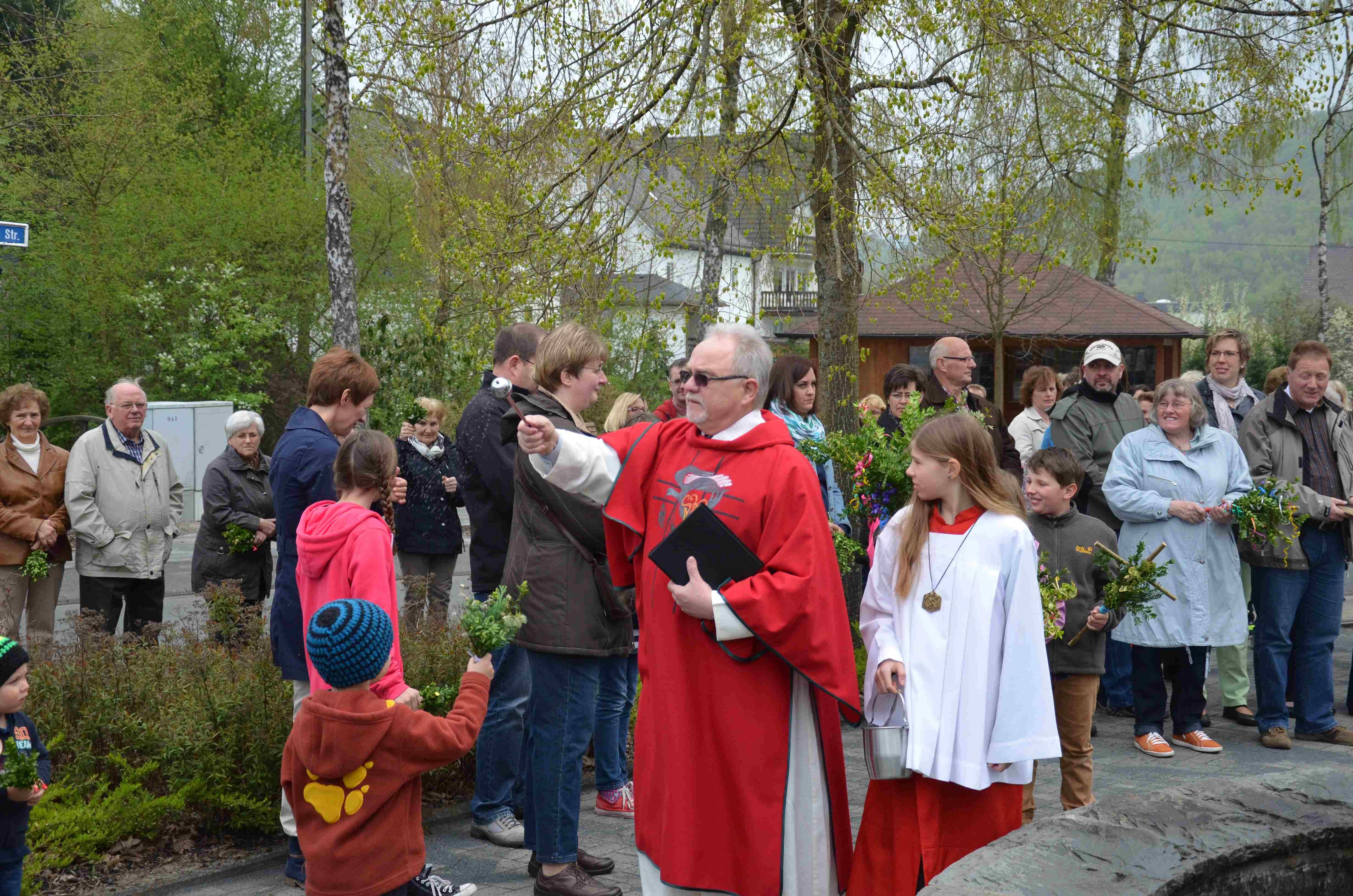 Palmweihe am Dorfbrunnen – Feier des Einzugs Jesu in Jerusalem