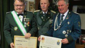 Seltene Auszeichnung: Schützenbruderschaft Irmgarteichen erhielt Anno-Santo-Kreuz