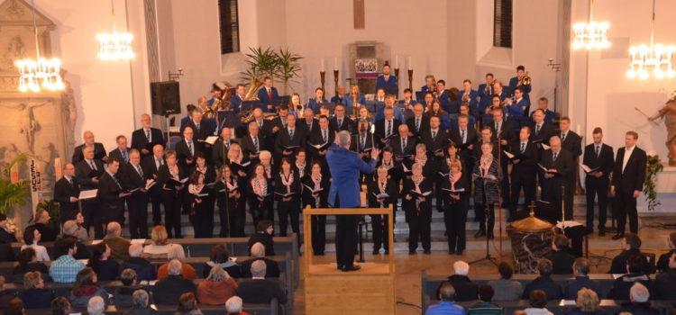 Ein singendes und klingendes Dorf: Eröffnungskonzert in der Pfarrkirche zum 750. Geburtstag